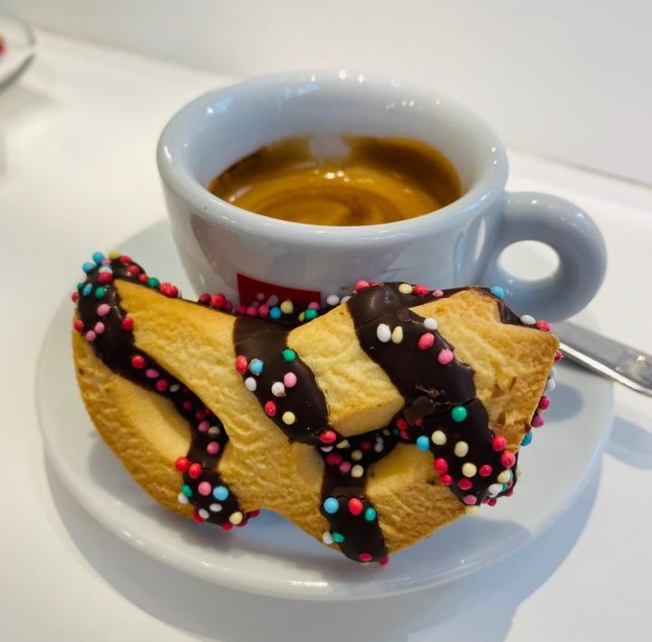 italian-snack-florence-coffee-espresso